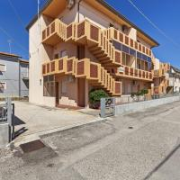Loving Beachfront Apartment in Rosolina Mare with Balcony