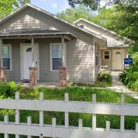 Beautiful Family home located downtown, hotel near Gainesville Regional Airport - GNV, Gainesville