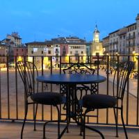 Apartaments Vicus 3 con vistas a la Plaza Mayor de Vic