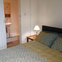 Seawinds Holiday Apartment, dog-friendly