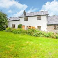 Vintage Holiday home in Welshpool with Garden