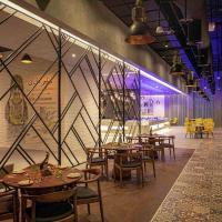 Pullman Sharjah, hotel in Sharjah