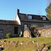 Beautiful country cottage with log burner, hotel in Welshpool