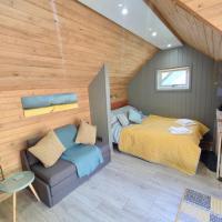 Modern Holiday Cabin Retreat