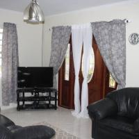 SunSpot - Complete Privacy, hotel near Grantley Adams International Airport - BGI, Christ Church