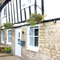 1 The Cottage, Studio Apartment, Ye Olde Barn Apartments, hotel in Stamford
