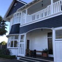 Cedar House, hotel in Gisborne