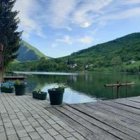 Lake house Nikolic, hotel u Čačku
