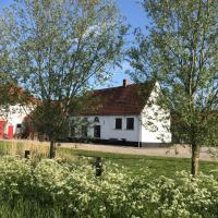 Maenhoudthoeve met sauna en stoomcabine, hotel sa Oudenburg
