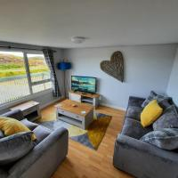 Red Pepper Self Catering - Loch and Sea Views - Explore the Uists