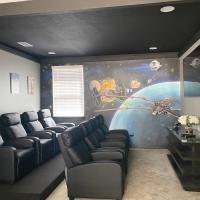 451-Luxury Villa wMovie Theater and Arcade