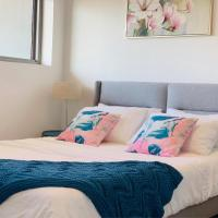 Beautiful Home close to Shopping Mall and Train Hornsby, hotel em Hornsby