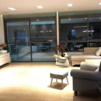 Very Hi standard Mini Penthouse fully equipped, hotel near Sde Dov Airport - SDV, Tel Aviv