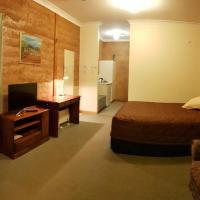 Mud Hut Motel, hotel in Coober Pedy