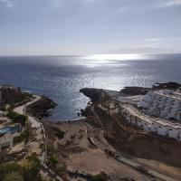Studio with ocean view. 100 m beach, hotel in Playa Paraiso