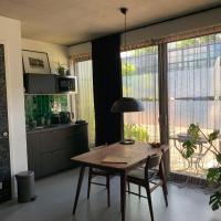 Chez Odette - free bikes & private car parking