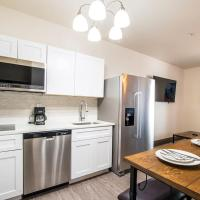 Vistas 116 - Modern luxury amenities sleeps 6