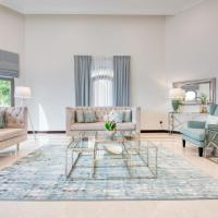 Posh Villa on Palm Jumeirah by Deluxe Holiday Homes
