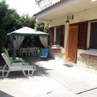 Home Holiday, hotell i Casa Roccani