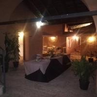 Albergue turístico La Almazara, hotel in Villafranca de los Barros