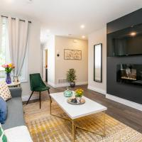 Luxury 1BR With King Bed - Steps From Byward Market!