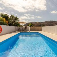 Casa Marjoes - Terrace, BBQ and Parking, hotel en Moya