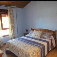 Casa rural San Isidro, hotel en Valdepiélagos