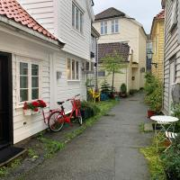 Great apartment in historic Bergen street