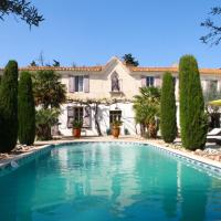 Villa with 5 bedrooms in Saint Gilles with private pool furnished garden and WiFi