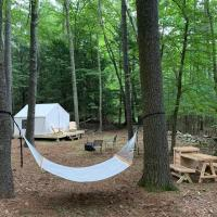 Tentrr Signature Site - Highwoods two, hotel in Saugerties