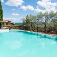 Classy Holiday Home in Collazzone with Whirlpool, hotell i Collazzone