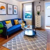 Garden Apartment at Excel Royal Docks by Elm Property