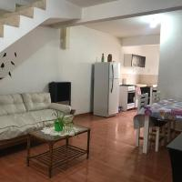Casa tipo duplex con patio y parrilla. Muy cómoda, hotel near Presidente Perón International Airport - NQN, Neuquén