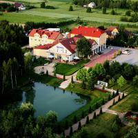 Hotel Chabrowy Dworek – hotel w mieście Teresin
