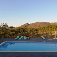 Quinta dos Carvalhais - Serra da Estrela, hotel in Fornos de Algodres