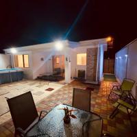 Casa playa herradura #1, hotel in Herradura