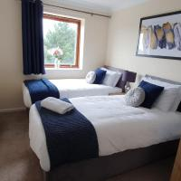 Albion Apartment in Central Milton Keynes with Private Balcony, FREE Parking & Netflix