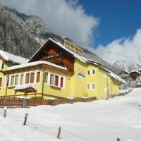 Gasthof Innerfraganterwirt, hotel in Flattach