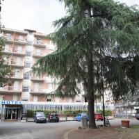 Auto Park Hotel con Ristorante interno e PARCHEGGIO INTERNO GRATUITO!!!, hotel u Firenci
