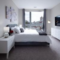 Luxury Furnished Apartments by Hyatus Downtown at Yale