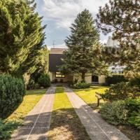Yes, it is RETRO - Big Villa with Indoor Pool by welcome2vienna
