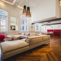 LOFT KEYWEEK contemporary Loft style Apartment in Biarritz City center
