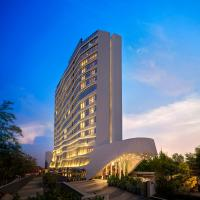 DoubleTree by Hilton Ahmedabad, отель в Ахмадабаде