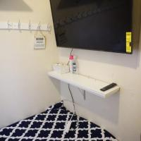 Bedrooms near Fenway & Dowtown boston, hotel in Jamaica Plain, Boston