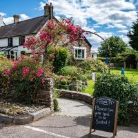 The Greyhound Inn and Hotel, hotel in Usk