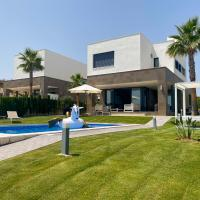 2254-Luxury villa with private pool and seaview