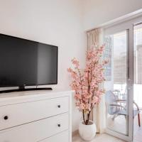 New! Gorgeous 2 bed flat with balcony in Les Corts