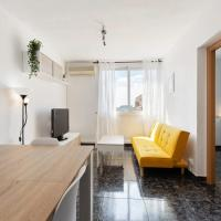 Bright & Comfortable Apartment with Great Transportation Links in Barcelona