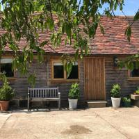 Delightful cottage in High Weald farm setting