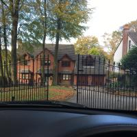 Oak House - Luxury home like a boutique hotel price reduction due to rule of 6